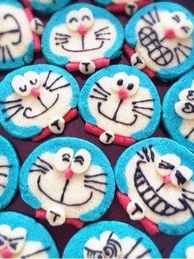 ドラえもんかわいいアイスボックスクッキー