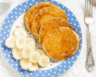 Pancakes à la purée de banane sans farine pour régime chrononutrition : http://www.fourchette-et-bikini.fr/recettes/recettes-minceur/pancakes-la-puree-de-banane-sans-farine-pour-regime-chrononutrition.html