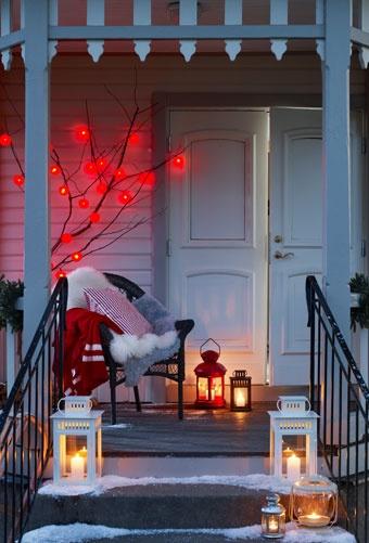 Las luces de Navidad y las decoraciones