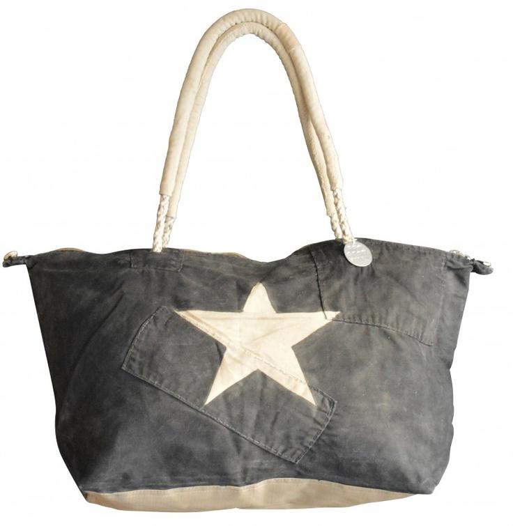 <3 BLACK STAR | WEEKEND BAGS | ALI LAMU