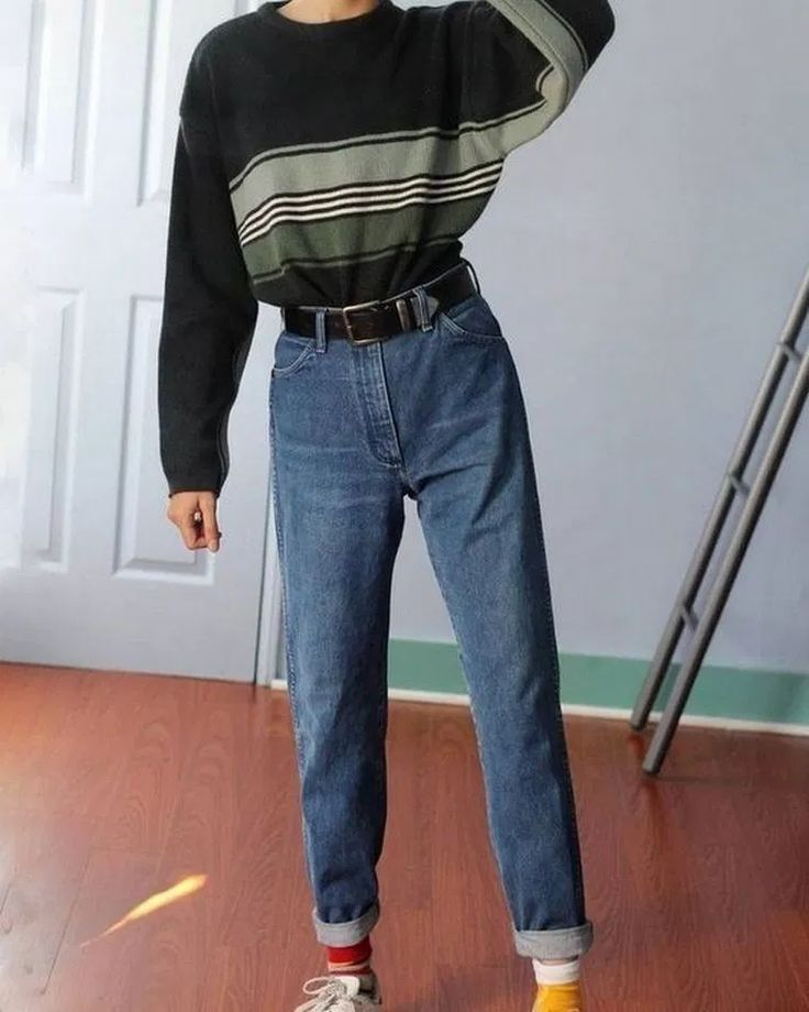 90 S Fashion Best 90 S Outfit Ideas 90s 90sfashion 90sstyle 90saesthetic 90sgrunge 90sbabes 90sp In 2020 Retro Outfits 2000s Fashion Trends Early 2000s Fashion