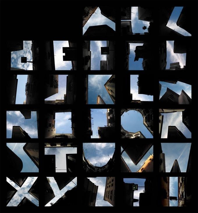 Tipografia, arquitetura, fotografia: The Gap, Lisa Rienermann, Building, Blue Sky, Negative Spaces, Fonts, Typography, Letters, Alphabet Photography
