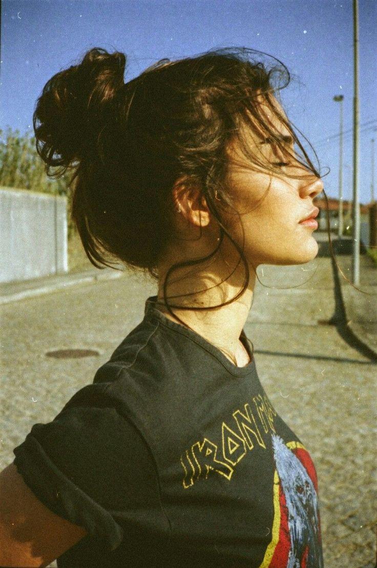 Pinterest//@ashimina//❣ | Rocker Hairstyles, Messy Bun Hairstyles, Urban Hairstyles, Grunge Hairstyles, Child Hairstyles, California Nails, Californ…