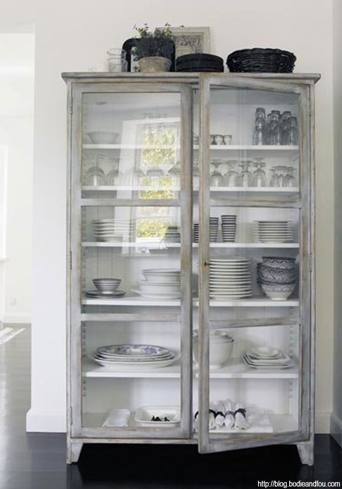 http://blog.bodieandfou.com/2014/04/3-ways-to-create-inspiring-cupboard-for.html