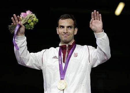 Áron Szilágyi Gold Medalist. Fencing: Anthem gaffe tarnishes Hungary gold.  photo: Reuters.  http://www.budpocketguide.com