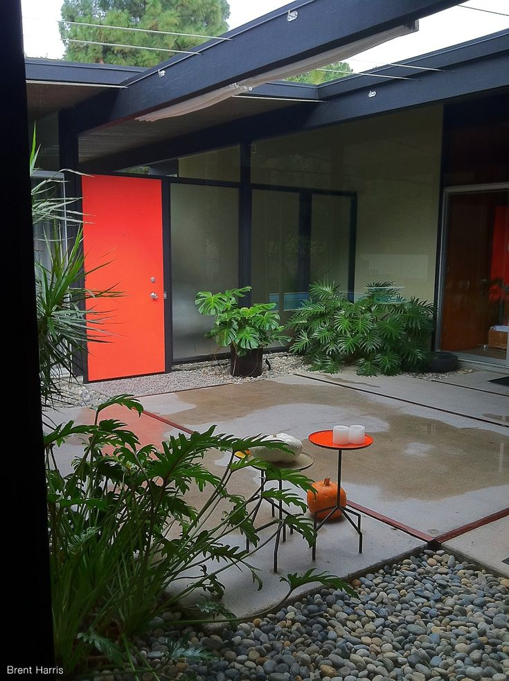 39 best atriums courtyards for modern homes images on for Modern house with courtyard