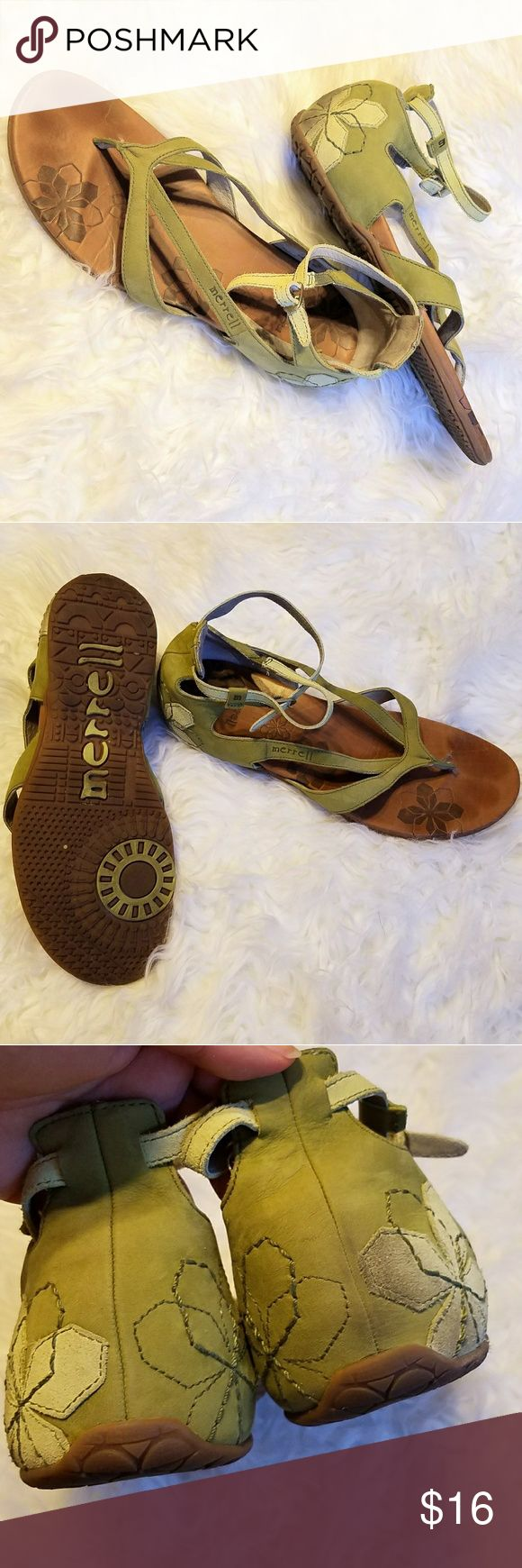 Merrill Sandals Light sage with tan flower on enclosed heel. Nice and soft, good support. GUC some discoloration on back of right heel. Merrell Shoes Sandals