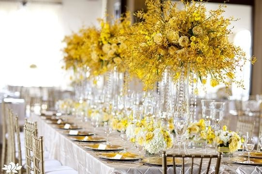 25+ Best Ideas About Yellow Flower Centerpieces On