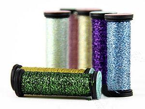 Очень хороший обзор...все наглядно и понятно...если и вышивать металликом, то только Kreinik... доступно к заказу...http://www.livemaster.ru/item/13486380-materialy-dlya-tvorchestva-niti-kreinik-ssha... жду в гости))...а желающие поделиться уже опытом о работе с этими нитками...пишите!!