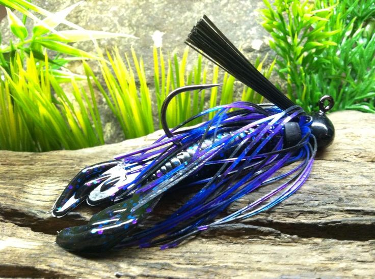 how to catch bass using lures