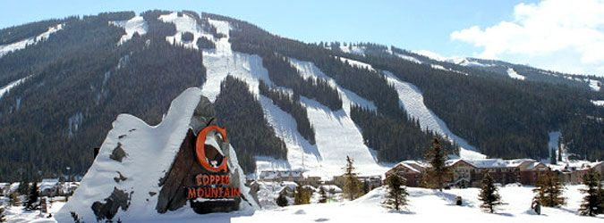 Best known for their terrains, Copper Mountain is the place where ski enthusiasts would love to go. The mountain offers you the best of challenges and a full-charged experience. Restaurants and gift shops are also available in the area.