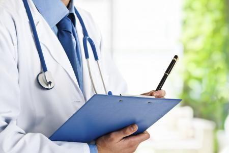 Rakovina děložního čípku je jednou z nejčastějších typů rakovin u žen na celém světě. Vyskytuje se v buňkách děložního čípku, v dolní části dělohy, která je propojena s pochvou. Téměř všechny případy rakoviny děložního čípku jsou způsobeny virem, jež se nazývá lidský papillomavirus (HPV). Ženy všech věkových kategorií jsou vystaveny riziku vzniku tohoto typu rakoviny poté, co začnou mít pohlavní styk.
