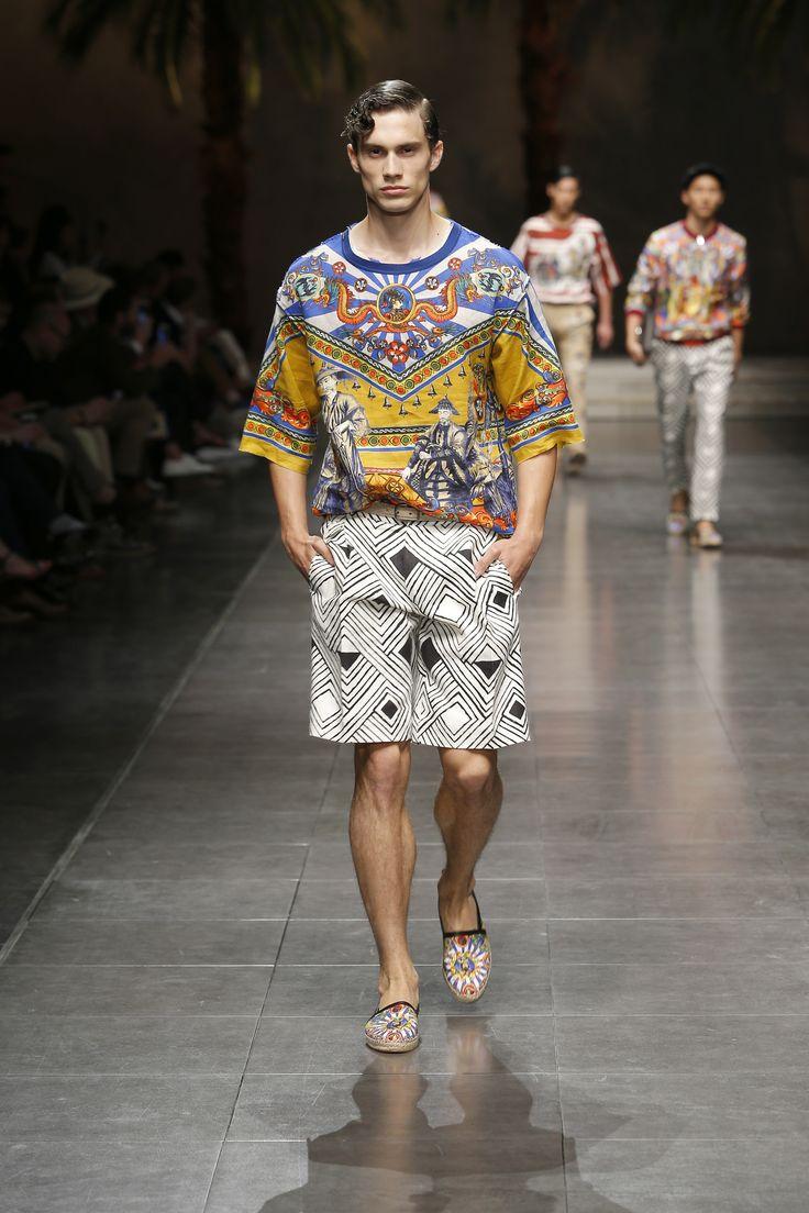 Dolce&Gabbana Spring Summer 2016 Men's Fashion Show. www.dolcegabbana.com