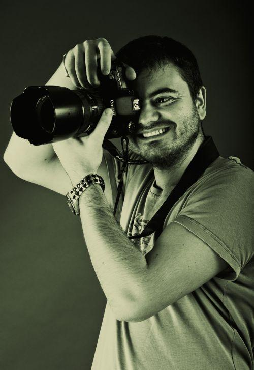 Lucian Zaharie Anton - un fotograf premiat - Revista Bulevard