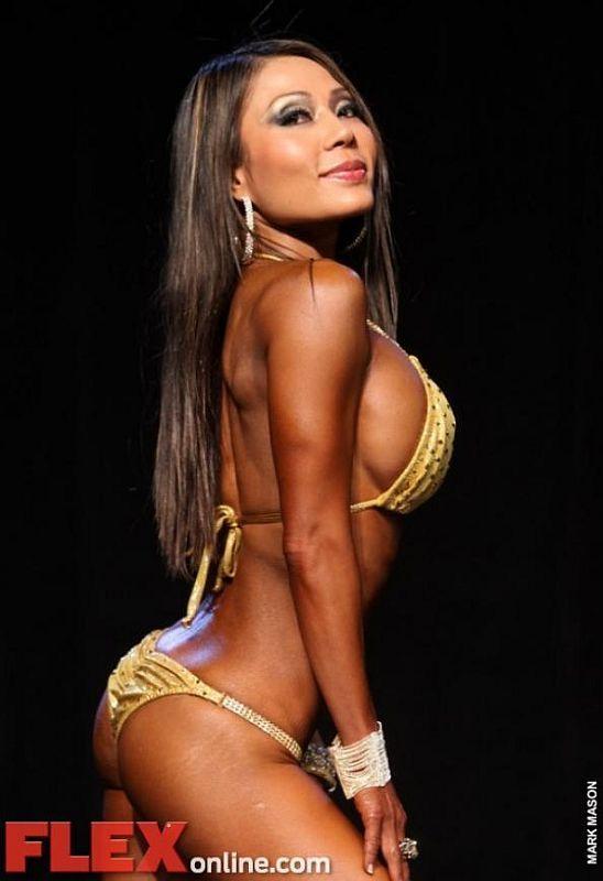 Kiana Tom - The Hottest Celebrities Who Posed Nude