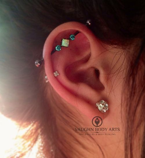 We are loving this stone combination Joanna picked out when she stopped in for an industrial piercing! anatometal implant grade titanium bar...