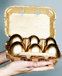 This is just to cool. Real golden chocolate eggs for easter. With tequila.