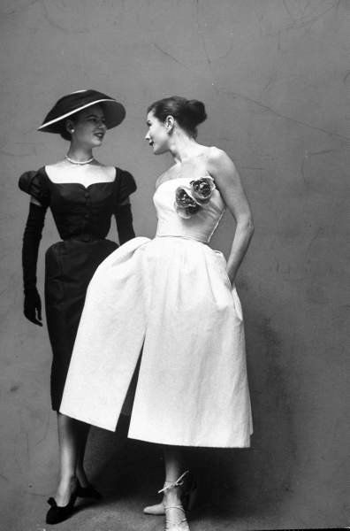 1951 Dior: Evening Dresses, Vintage Dior, Christiandior, Vintage Fashion, Christian Dior, Vintage Pictures, Dior Dresses, 1950, 50S