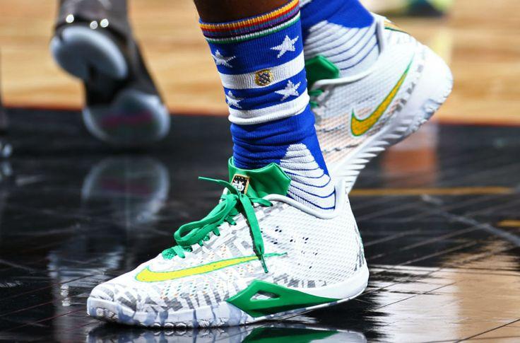 Nike Hyperlive 2