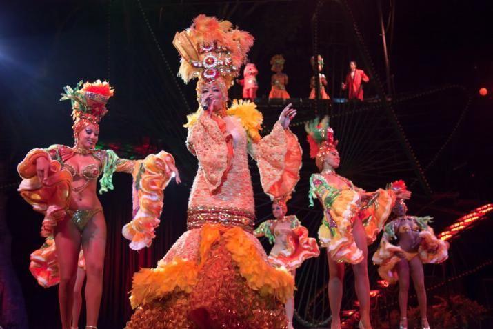 Dancing Rumba - Cuba traditional dance