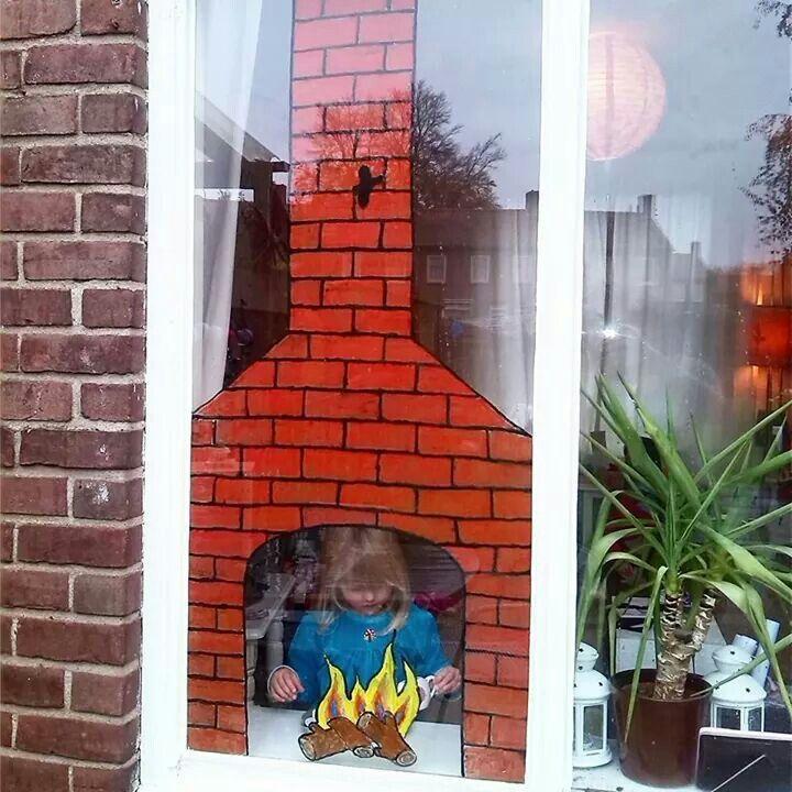 Kwam dit op Facebook tegen.. een leuk idee voor op het raam in de klas!