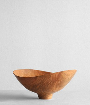 wood bowl by shoji morinaga: Pottery Ceramics Wood, Wood Turning, Wooden Bowls, Wood Items, Woodturning, Wood Bowls, Furniture Woodworking