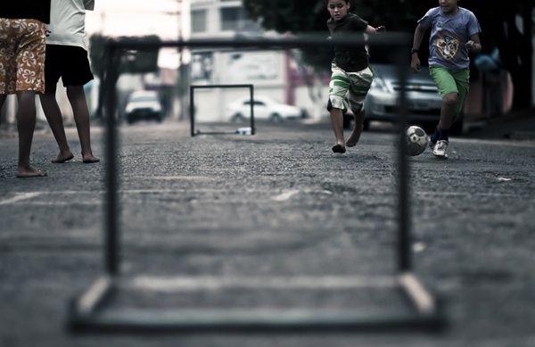 BONOMIA: As 10 regras do Futebol de Rua