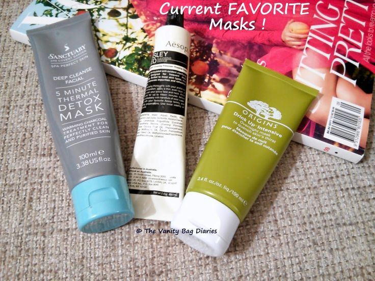 In today's post I am sharing the face masks I have been enjoying lately. In my previous post about masks I mentioned, that I haven't found a life changing mask but it will be safe to say that I have found something close :)The two masks on the left (as in the pic above) are cleansing masks. Sanctuar