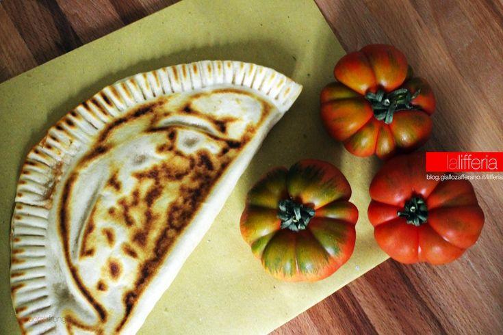 Cascione con pomodoro e mozzarella
