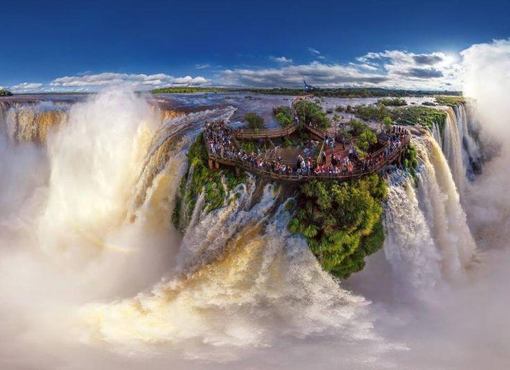 Iguasu vízesés, Argentína és Brazília határán