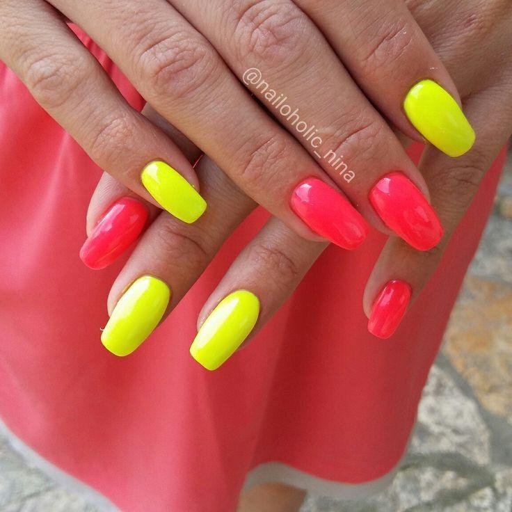Neon nails ☺