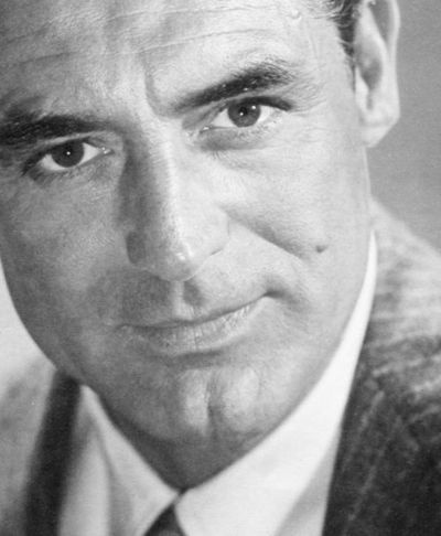Cary Grant one of the sexiest men, and by far my favorite actor <3