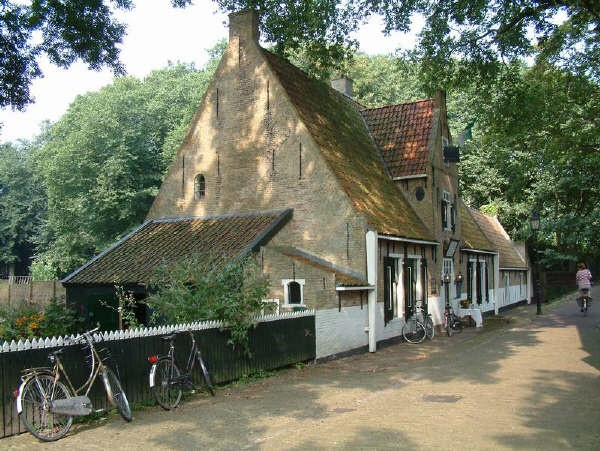 on the island of Vlieland, north of Holland, best restaurant with beautiful garden for outside eating, Het Armenhuis