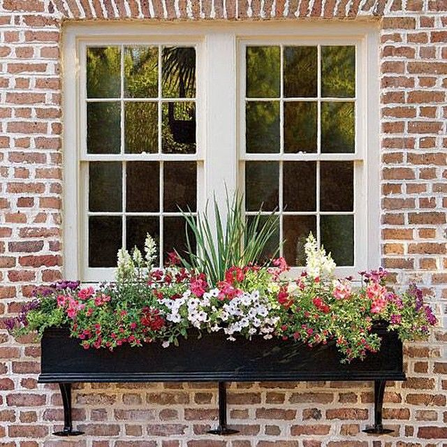 Kitchen Window From Outside: 77 Best Window Box {love} Images On Pinterest