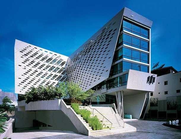 Архитектурный дизайн отеля LIT Bangkok
