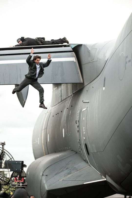 MISSION: IMPOSSIBLE - ROGUE NATION: SETBILDER  Rebecca Ferguson; Set; Camera, Tom Cruise, Mission Impossible, Stunts