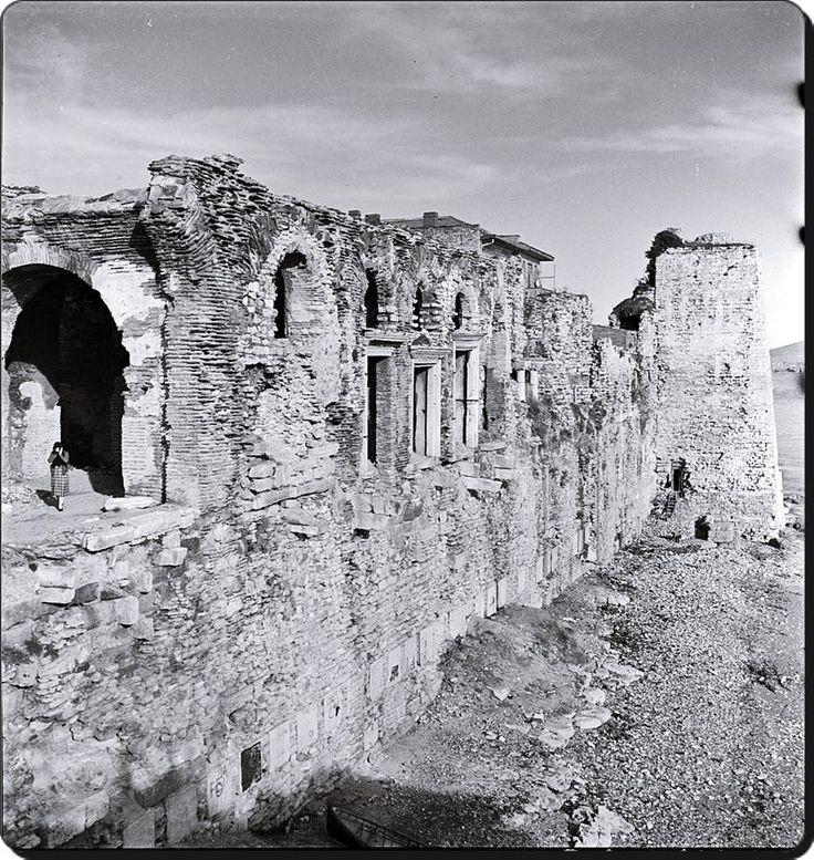 1937, Bukoleon Sarayı,  Tarihin yok edemediği yapıtlar
