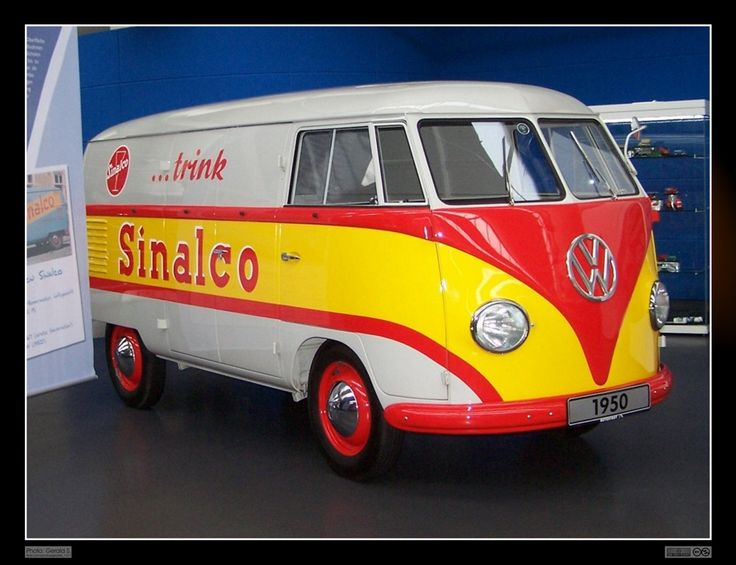 All sizes | 1950 Volkswagen Transporter / Kastenwagen (Sinalco) | Flickr - Photo Sharing!