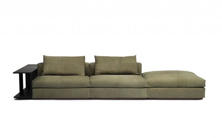 The sofa system The Hamptons by Linteloo Lab is inspired by the easy going lifestyle of The Hamptons on Long Island, New York.