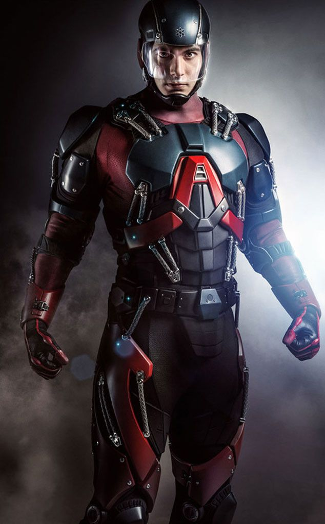 Get Your First Look at Brandon Routh in the Atom Costume on Arrow: Do You Love it or Hate it?!  Arrow, Atom Costume