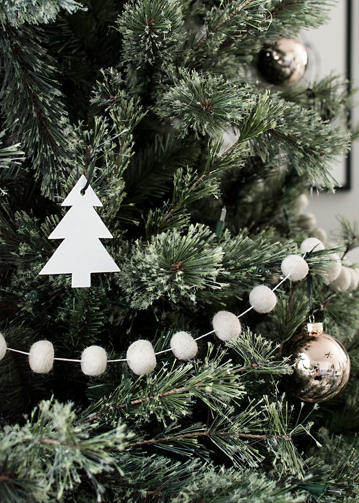 felt ball garland for Christmas tree