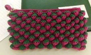 Tina's handicraft : crochet purse strawberry stitch