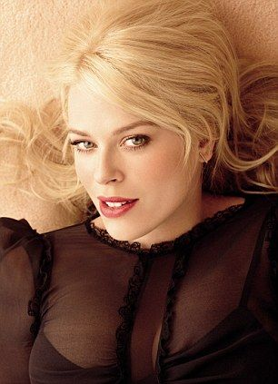 Amanda de Cadenet May 19th my bday!!:)