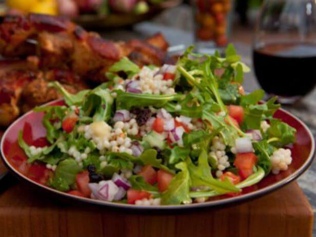 Cuscuz Israelense com Salada de Rúcula - Food Network
