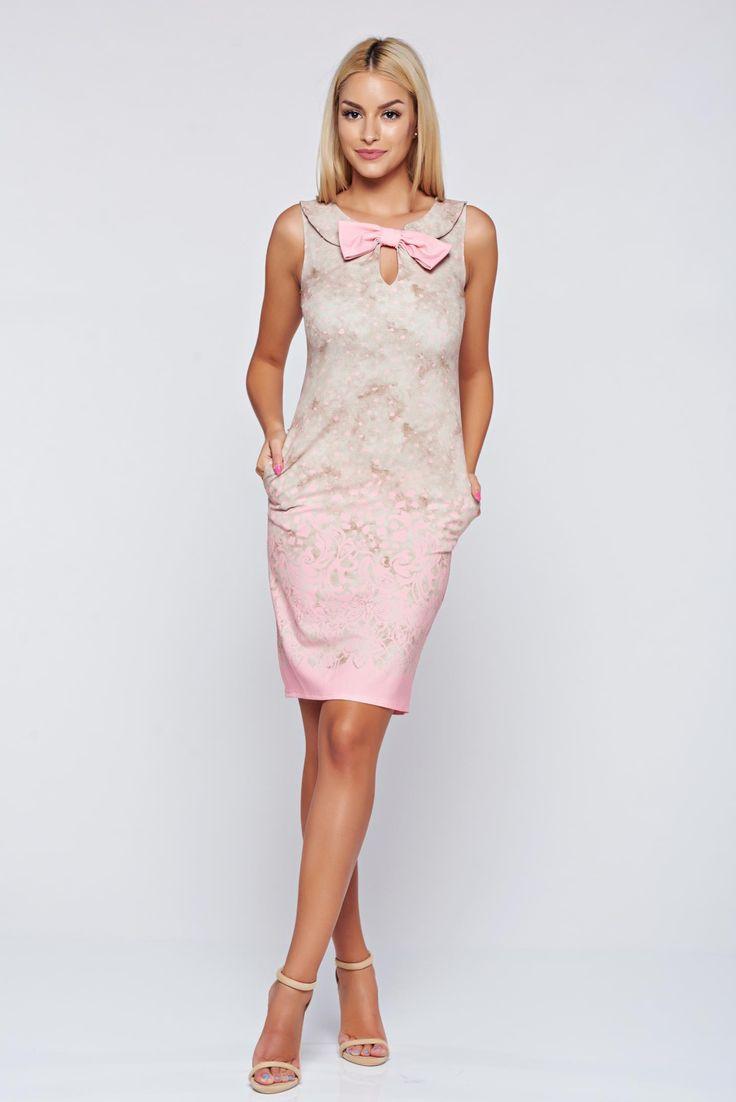 Comanda online, Rochie Fofy rosa eleganta fara maneci accesorizata cu o fundita. Articole masurate, calitate garantata!
