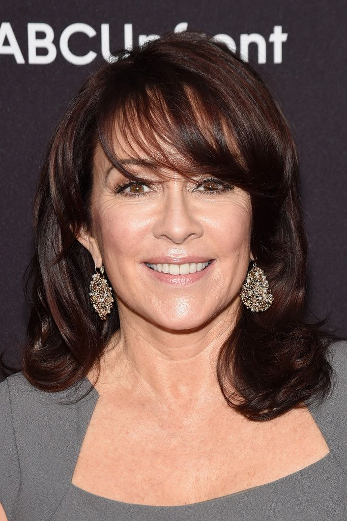 Patricia Heaton Medium Wavy Cut with Bangs - Patricia Heaton was flawlessly coiffed with stylish waves and wispy bangs during the ABC Upfront event.