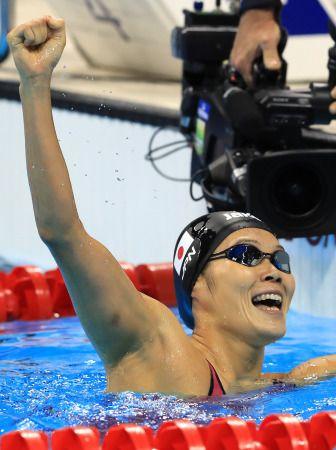 <五輪競泳>初メダルが最も美しい色 27歳の金藤が頂点