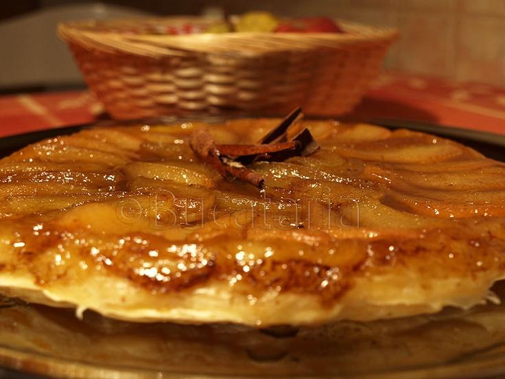 tarta de mere: Spices, Pie