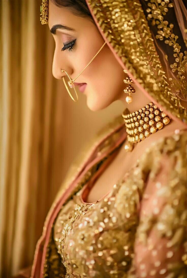 A bridal shot I want on my wedding day  ✵☽♚ ✧ for more follow on INSTA @love_ushi OR PINTEREST @ANAM SIDDIQUI ✧ ╳ ♡