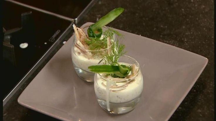 Vanillemilkshake met knapperige groenten en gerookte paling (aperitiefhapje) | VTM Koken !